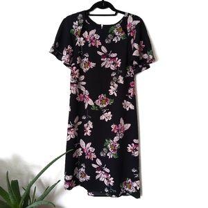 Gabby Skye Floral Shift Dress